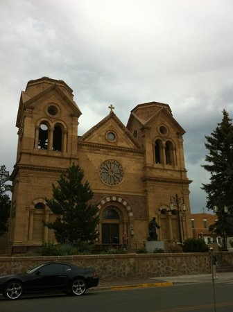 Hyatt Place Santa Fe : Santa Fe church near the market