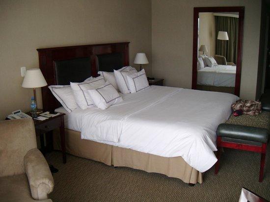 Cacique Inacayal Lake & Spa Hotel: Cama super confortável