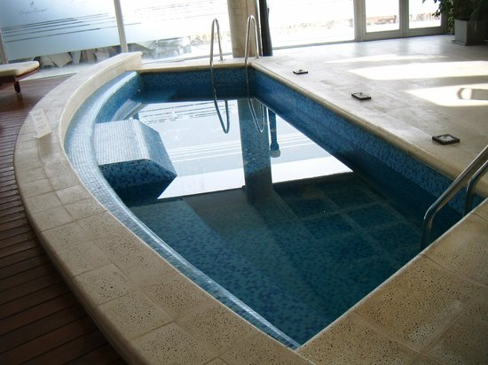 Cacique Inacayal Lake & Spa Hotel: Excelente jacuzzi!!