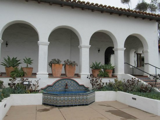 Casa Romantica Cultural Center and Gardens: mansion is over a hundred years old
