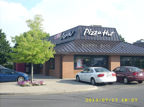 Cobourg, Canadá: Unadvertised Special - Wednesdays Dinner Buffet