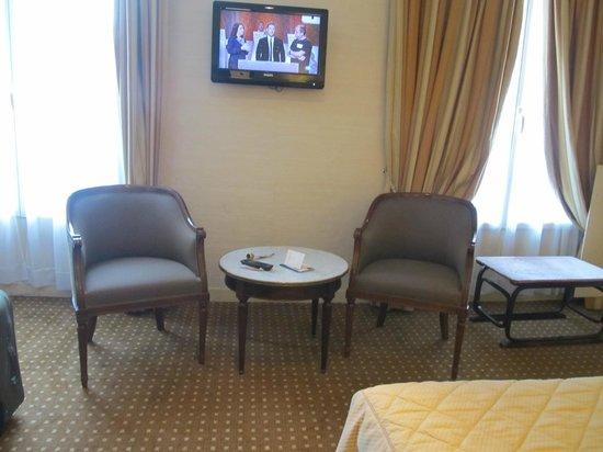 Hotel Saint Petersbourg : room
