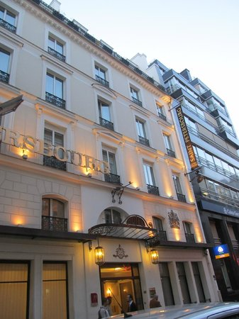 Hotel Saint Petersbourg : the front