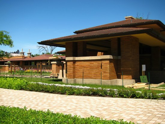 Frank Lloyd Wright's Darwin D. Martin House Complex: House exterior