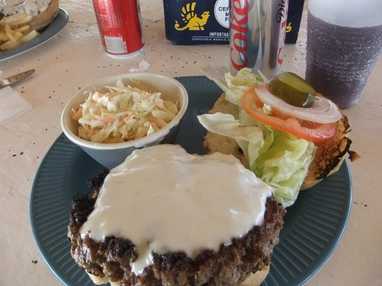 Coral Reef Beach Bar: Blue Cheese Burger