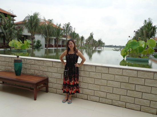 Vinh Hung Emerald Resort: Front Office