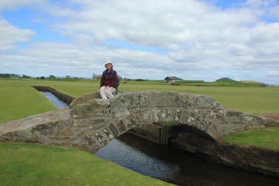 The Swilcan Bridge: Swilcan Bridge and Old Course