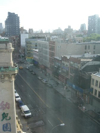 BEST WESTERN Bowery Hanbee Hotel : View from the 9th floor.