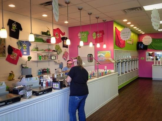 Sweet Frog Premium Frozen Yogurt : Sweet Frog N. Myrtle Beach