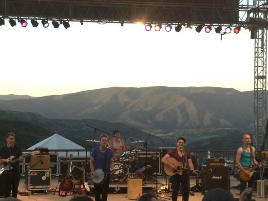 The Westin Snowmass Resort: Free concert at hotel