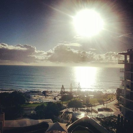 Mantra Mooloolaba Beach Resort: Morning view