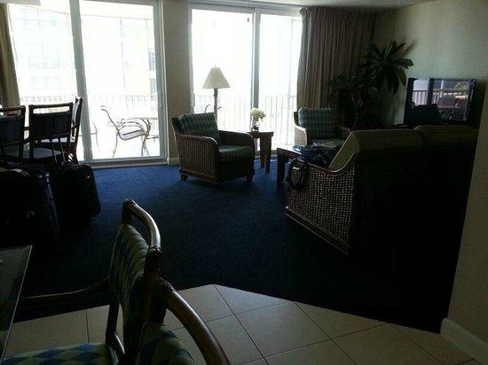 GullWing Beach Resort: Living