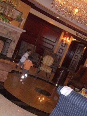 New Sanno Hotel: hotel lobby