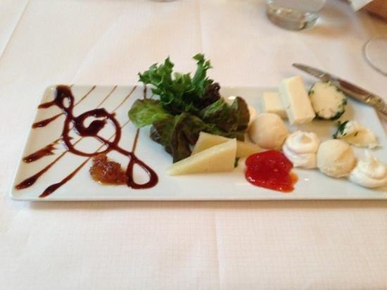 Sergio's: cheese