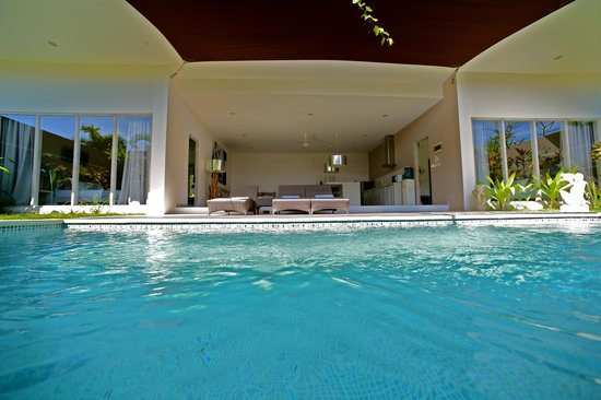 Bali Cosy Villa: Superior 2BDR villa private pool