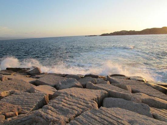 Isola Rossa Borgo Spiaggia: море