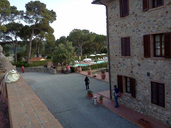 Borgo di Pomaia: il borgo