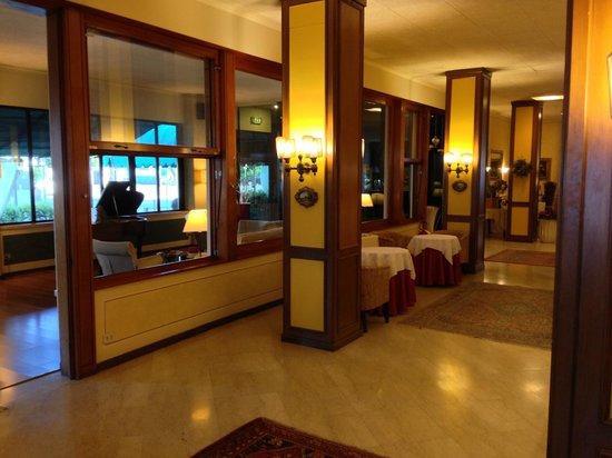 Hotel Ambasciatori: Drawing room