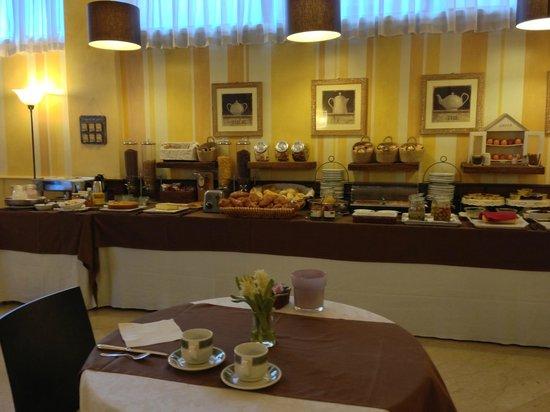 Hotel Ambasciatori: Breakfast room