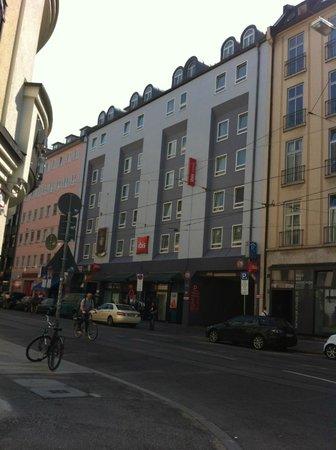 Ibis München City: external view