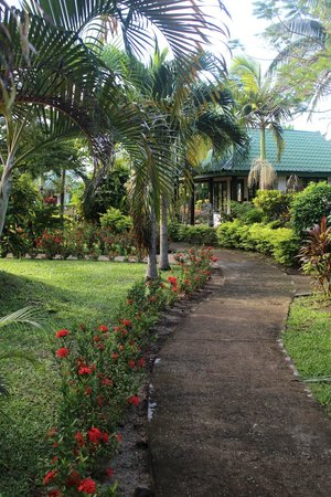 Amoa Resort: Beautiful grounds