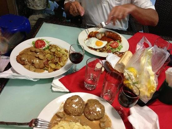 Old Germany Restaurant Hua Hin: Curry wurst but with bratkartfel and fried egg, jager schnitzel and frikandelle