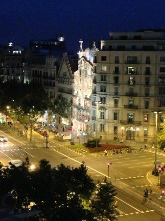 Sixtytwo Hotel: Vue depuis la terrasse
