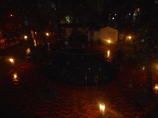 Dona Julia : thats its pool that i clicked it during night time from the balcony of my  room