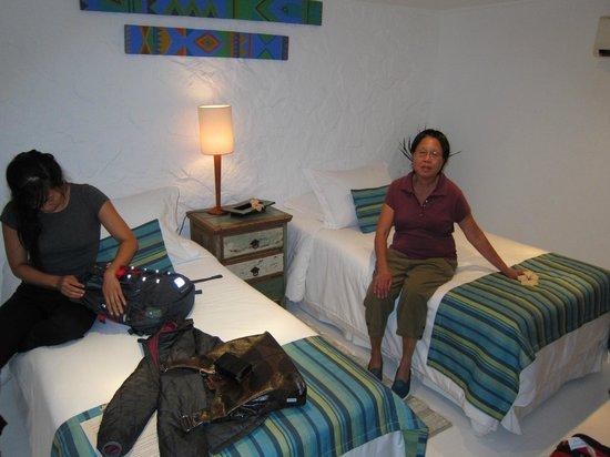 Vila D'este: Room #8 had 2 full baths and a common area