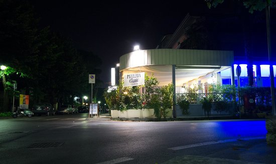 Il Timone: The Restaurant