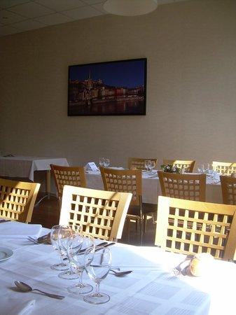 Domaine Lyon Saint Joseph : Salle à manger privative