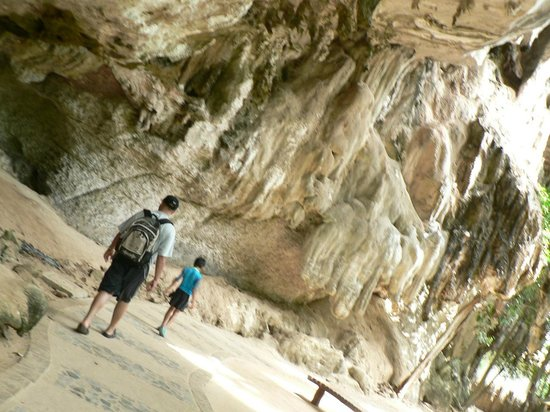 Phra Nang Cave: Yet Another Sign!