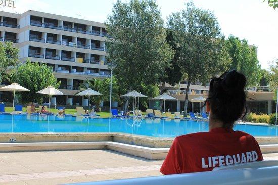 AKS Porto Heli Hotel: η πισίνα