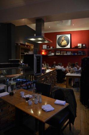 Eetkamer a l'Infintiste: het restaurant