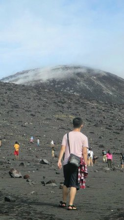 Anak Krakatau Nature Reserve : Long way to the top