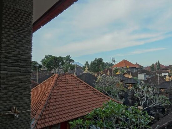 Jungut Inn: View from Balcony