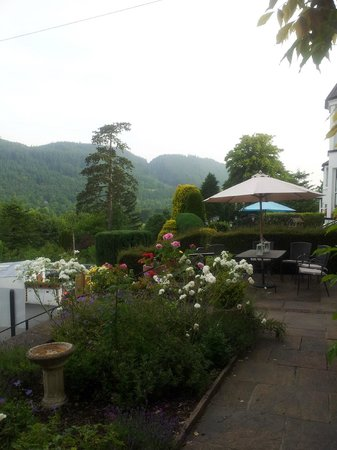 Llety Betws: Patio View