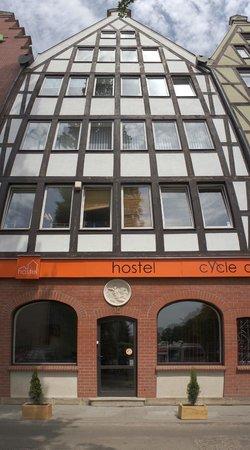 Hostel Cycle On: Hostel
