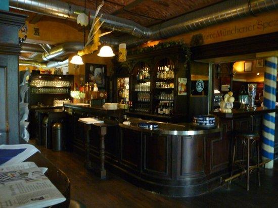 Paulaners: Inside Bar