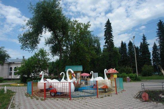 Городской парк культуры и отдыха: в городском парке