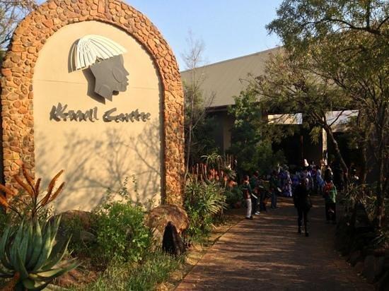 Thaba Eco Hotel: L'ingresso al centro congressi