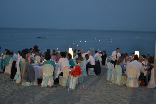 Matrimonio Spiaggia Liguria : Matrimonio in spiaggia foto di soleluna albissola