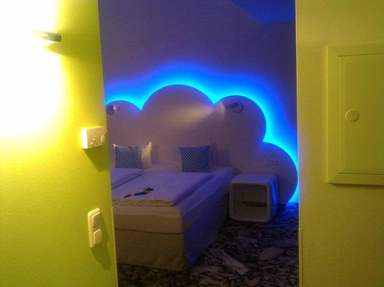 Ibis Styles Munchen Ost Messe: Camera dall'entrata
