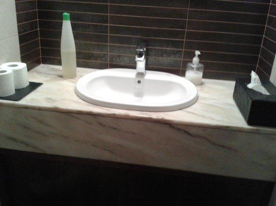 Restaurante Valencia: baño