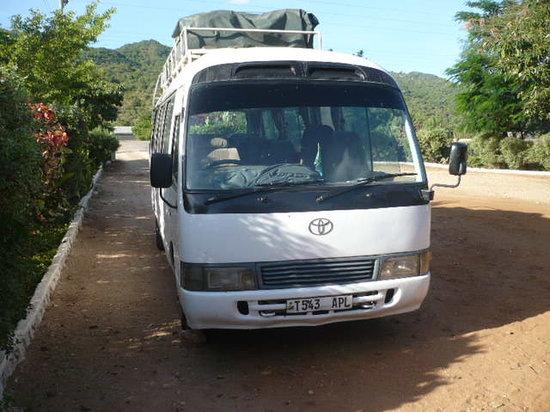 Kiboko Bushcamp : kiboko bus
