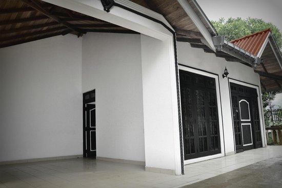 Prasanna Village Inn: Hotel