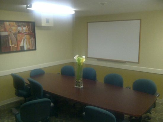 Suburban Extended Stay Hotel Camp Lejeune : Meeting Room