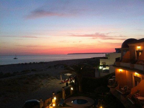 Gran Sol Hotel: Abendrot über Cabo Trafalgar