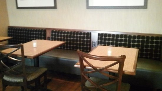 Hampton Inn Asheville - I-26 Biltmore Area : breakfast dinning area