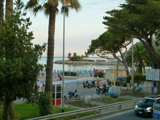 Hotel Ristorante Principe Decurtis : vista dalla camera